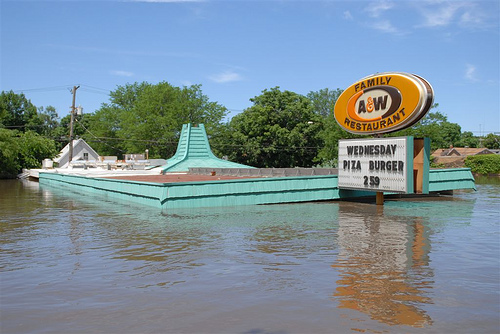 A&W on Ellis Blvd. by justj0000lie